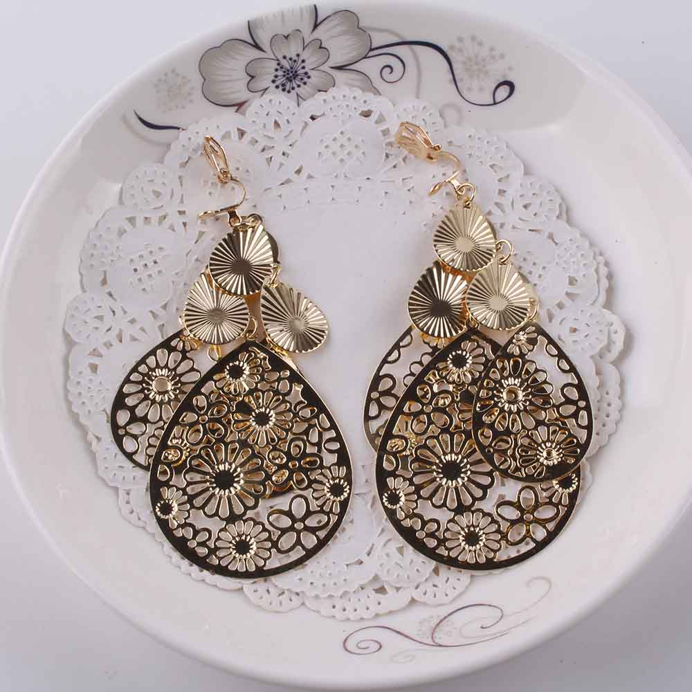 Vintage Clip On Earrings Long Gold glitter for Women 2018 New Punk Fashion Gold Silver Color Statement Clip Earring Jewelry in Clip Earrings from Jewelry Accessories