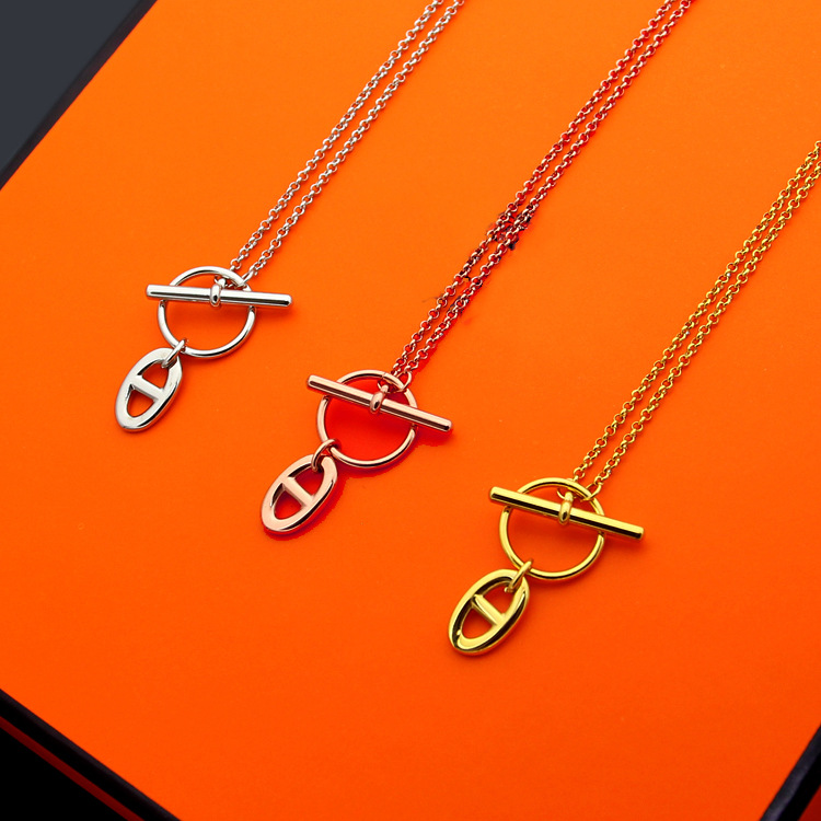 High Quality New Classic Brand Stainless Steel Jewelry For Women Party Pendant Double Lock Necklace Weddings Engagement Jewelry