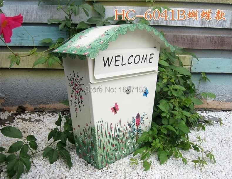 Rustic color butterfly painting patterns large metal iron mailbox Wall Mount Metal Post Letters Box Thickening letter box