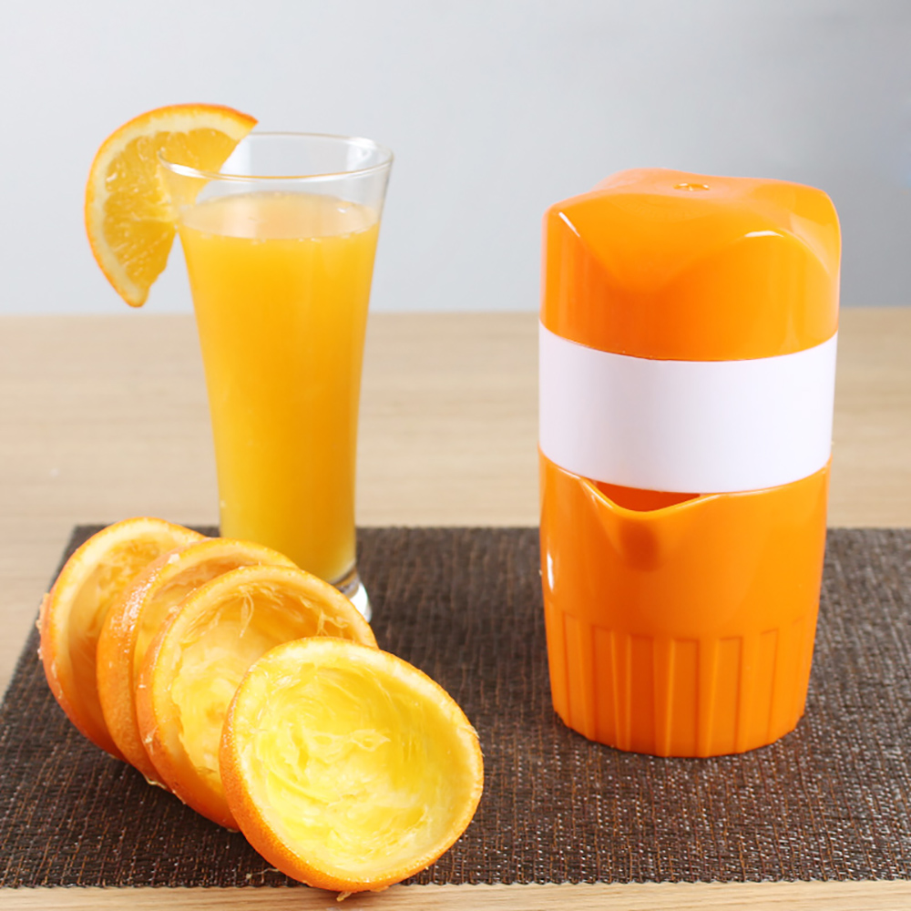 creative manual orange lemon juicer extracteur de jus mini travel fruit juice cup hand press. Black Bedroom Furniture Sets. Home Design Ideas