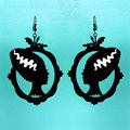 Клеопатра Глава Портрет Ожерелье Лазерная резка Акрила Рисунок Серьги Женщины Партия Серьги Черный Цвет
