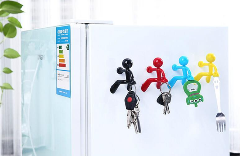 1PC Wall Climbing Cute Key Holder Home Storage Holder Hanger Magnetic Magnet Keychain Holder Wall Decor Storage Rack OK 0941
