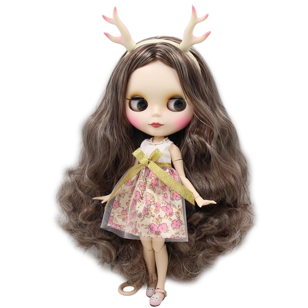 Blyth bambola Cappuccino Alce bambola con matte faccia comune del corpo, vestito, scarpe, Elk horn, set di mano AB come regalo 1/6 BJD-in Bambole da Giocattoli e hobby su  Gruppo 2