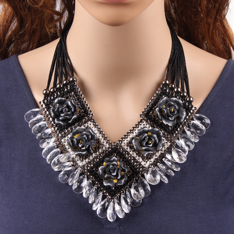 2019 New Fashion Design Party Jewelry Rope Chain Colorful String Braided Flower Crystal Pendant Chunky Necklace For Women