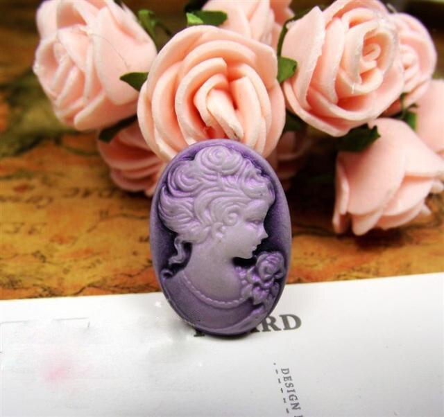 97150220e 100 unids lote vintage color púrpura resina cameos de señora Portrait  Cabochons cameos 18 25mm