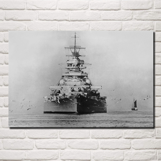 Military German Battleship Bismarck Retro Warship Living Room Decoration Home Art Wood Frame Fabric Poster