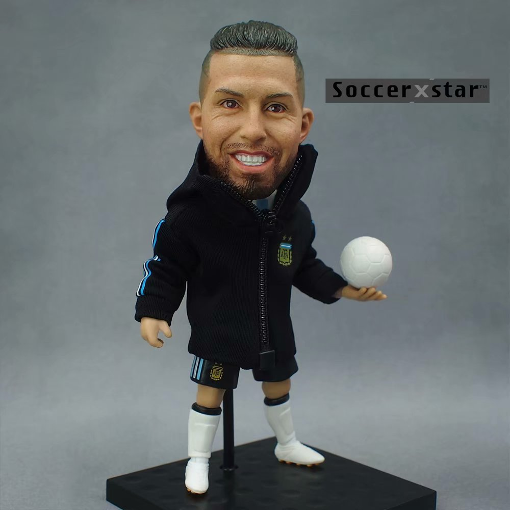 Soccerxstar Figurine Football Player Movable Dolls 9# AGUERO (ARG 2018) 12CM/5in Figure BOX include Accessories Soccerxstar Figurine Football Player Movable Dolls 9# AGUERO (ARG 2018) 12CM/5in Figure BOX include Accessories