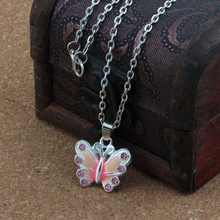 купить 2pcs Pink Enamel Butterfly Alloy Charms Pendants Necklaces Jewelry DIY 23.6 inches Chains A-506d онлайн
