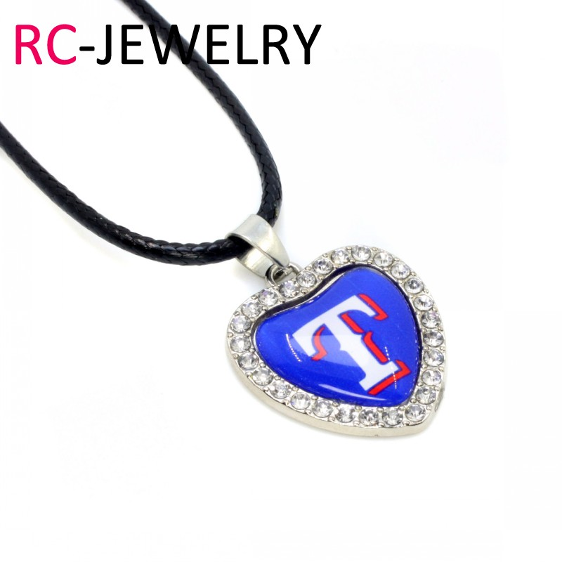 025 10pcs Crystal Heart Texas Rangers Necklace Baseball Sport Necklace Pendant Charms with 50cm Chains Necklace Jewelry