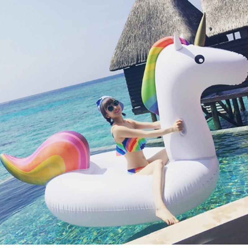 Inflatable Unicorn 1