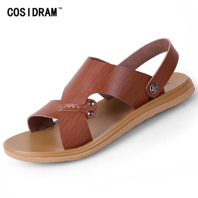 Más el Tamaño 45 46 PU Cuero de Los Hombres Sandalias Planas de Los Talones Verano Zapatos de los hombres Nuevos 2017 Zapatos Casuales de Playa Sandalias Peep Toe Masculino RMC-672