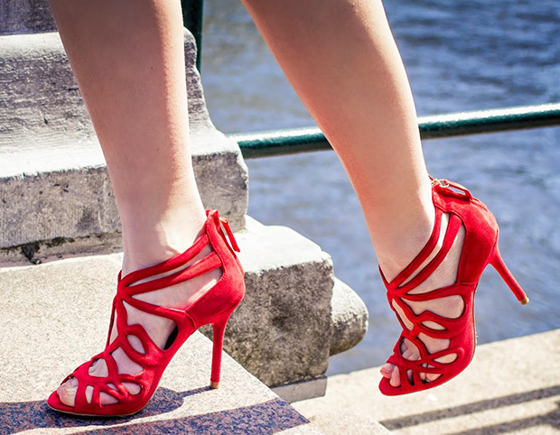 ea7e2db03ef Nice girls  hot red suede thin heel dress sandals back zipped cut-out cage  sandals cross strappy hollow carved wedding shoes
