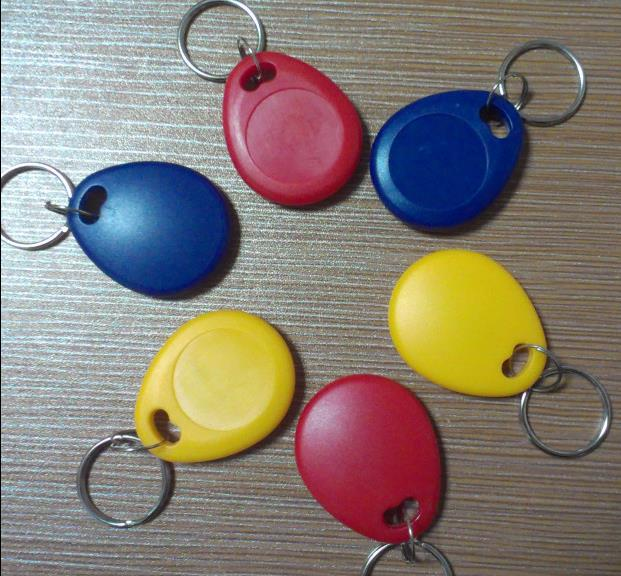 375khz RFID Tag Readable And Writable Proxmity Keyfobs Offset Frequency ID Card For Access Control