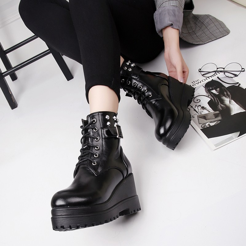 2019 Boots Women Western Shoes Woman Casual Genuine Leather Shoes Platform Boots For Women Winter Botas Mujer Female Ankle Boots in Ankle Boots from Shoes