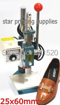 El logotipo de zapatos máquina impresora de estampado en Caliente para los zapatos con especial cabeza sello estampado tamaño 2.5 cm X 6 cm
