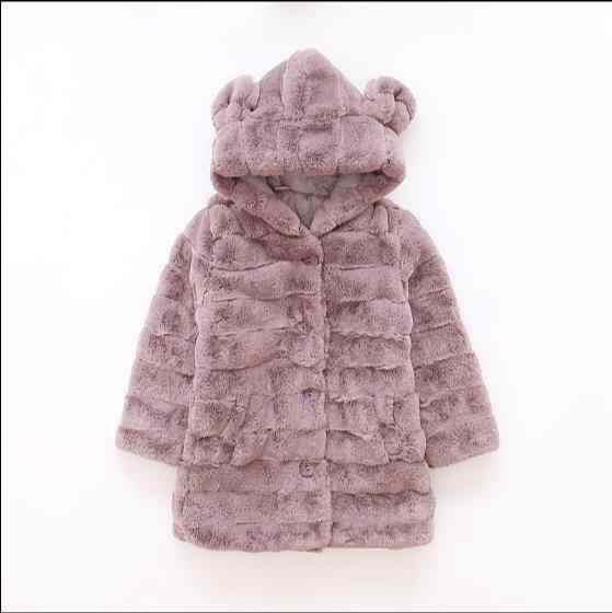 Abrigo de piel de imitación de invierno para niñas 2017 abrigo de abrigo grueso para niños ropa de bebé grueso para chico más abrigo de terciopelo z830