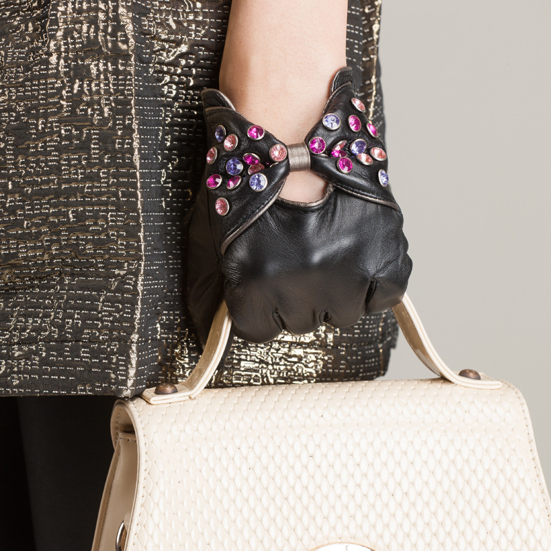 Fleece Lined Fashion Mittens For Women