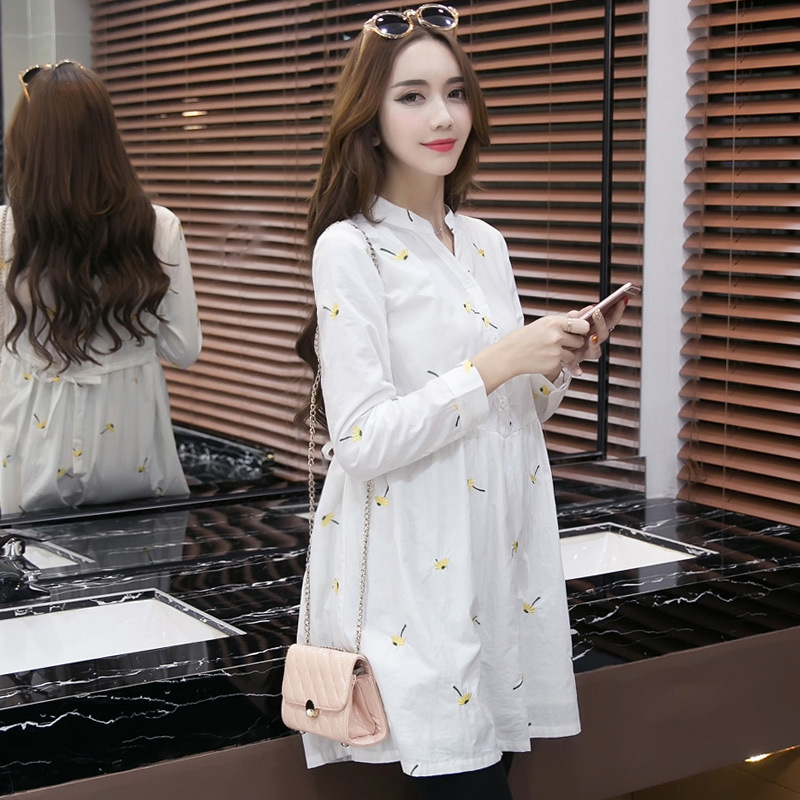 66f7763f78d White Comfortable Maternity Dress V-neck Pregnant Dress Plus Size Women s  Vestidos Woman Clothes Pregnant