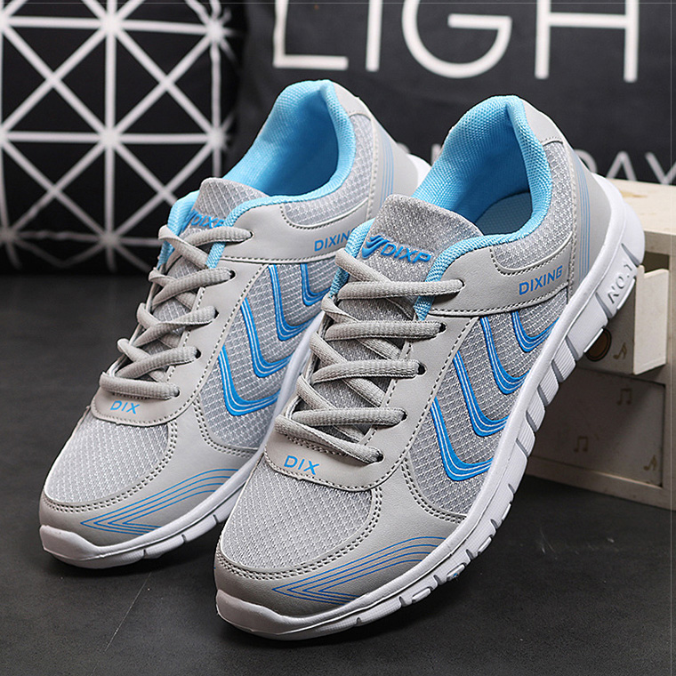 Women Shoes 2018 New Lightweight Sneakers Women Comfortable Flat Shoes Female Walking Casual Shoes Autumn Lace Up Tenis Feminino