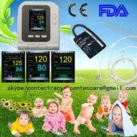 Infantil usando digital medidor de pressão arterial monitor sphygmomanômetro pulso cardíaco