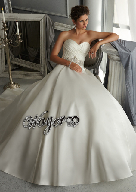HL WD3415 Designer Sweetheart Ruched Thick Satin Heavy Crystal Beaded Ball Gown Wedding Dress Petticoat
