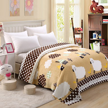 bedspread blanket 200x230cm High Density Super Soft Flannel Blanket to on for the sofa/Bed/Car Portable Plaids(China)