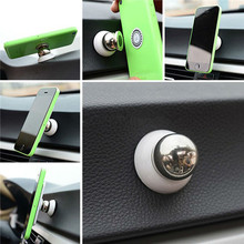 Universal Magnetic 360° Free Rotation Car Air Vent Mount Phone Holder