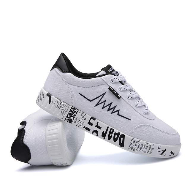 HZXINLIVE 2018 Fashion Women Vulcanized Shoes Sneakers Ladies Lace-up Casual Shoes Breathable Walking Canvas Shoes Graffiti Flat 3