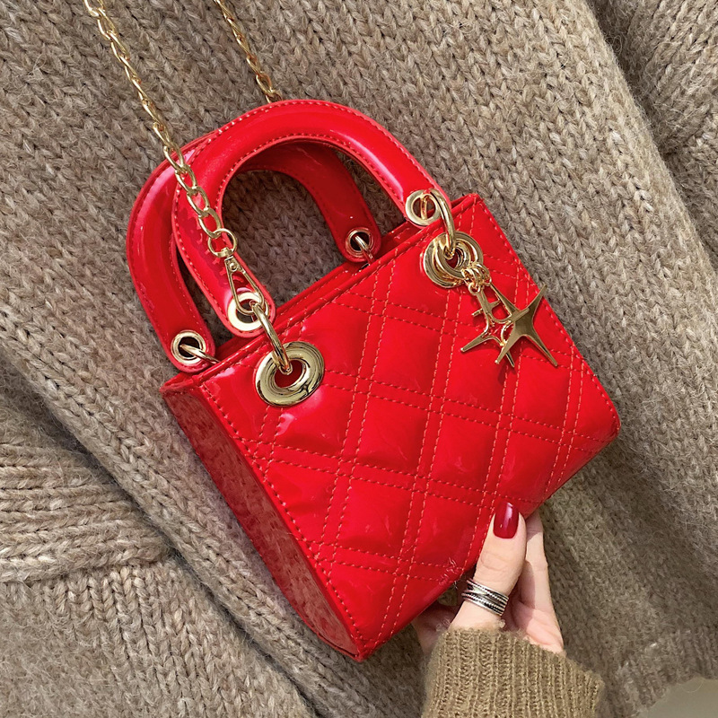 Vintage Red Women Wedding Bag Ladies Classic Princess Totes Ladies Diamond Lattice Clutch Party Purse Patent Leather Handbags
