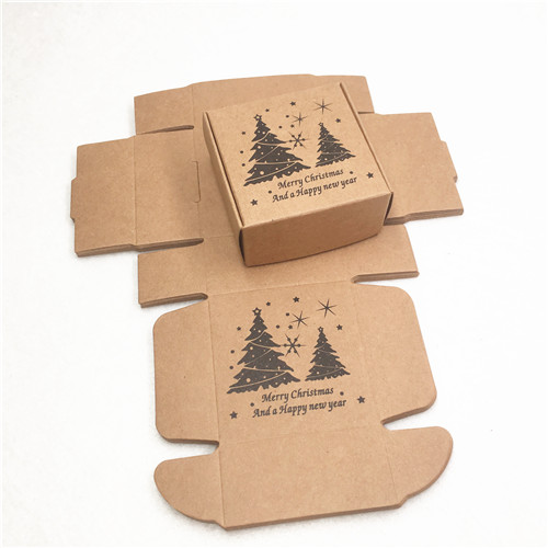 100pcs 6.5*6.5*3cm Multi Pattern Brown Aircraft Gift Boxes And Merry Christmas Gift/Jewelry/pie/Handicraft/Sugar Packing Boxes