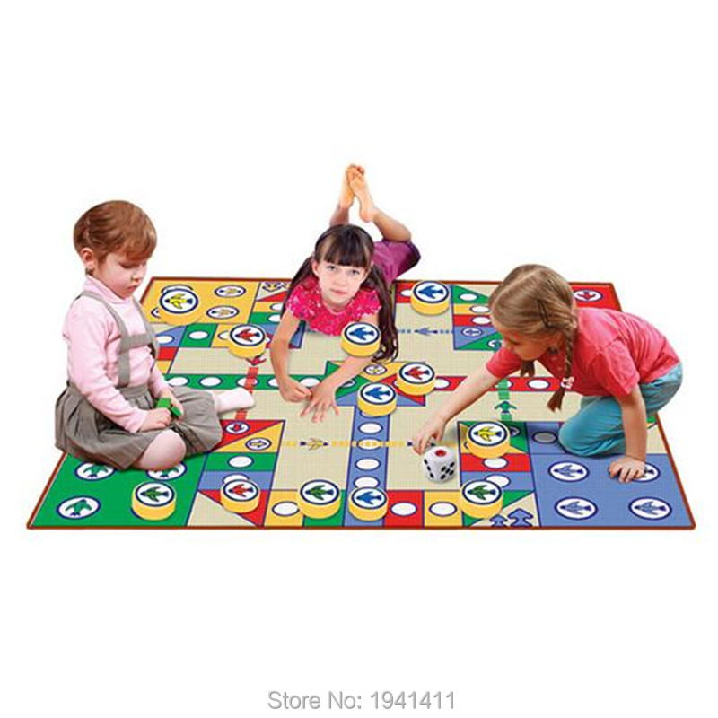 80*80CM Indoor Necessity Sports Entertainment Child Folding Flight Chess Games Carpet Single Side Mat