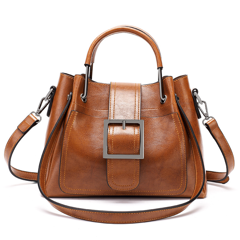 2019 Autumn and Winter New Ladies Shoulder Bag Fashion Retro Motorcycle Package Oil Wax Leather Handbags Messenger Bag2019 Autumn and Winter New Ladies Shoulder Bag Fashion Retro Motorcycle Package Oil Wax Leather Handbags Messenger Bag