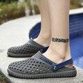 Men Sandals Summer Breathable Beach Shoes Casual Mules Sandals Cutout Hole Shoes Male Slippers Light Flats Sandals 2017