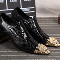 new 2017 men pointed toe brogues oxfords slip on Snakeskin pattern genuine patent leather rivets men dress shoes business shoes