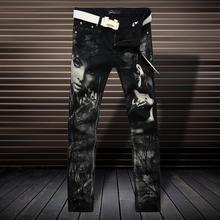 Размеры: 28-38! Мужская одежда стилист волос Мода Высокая эластичность черный принт джинсы плюс размер брюки костюмы одежда