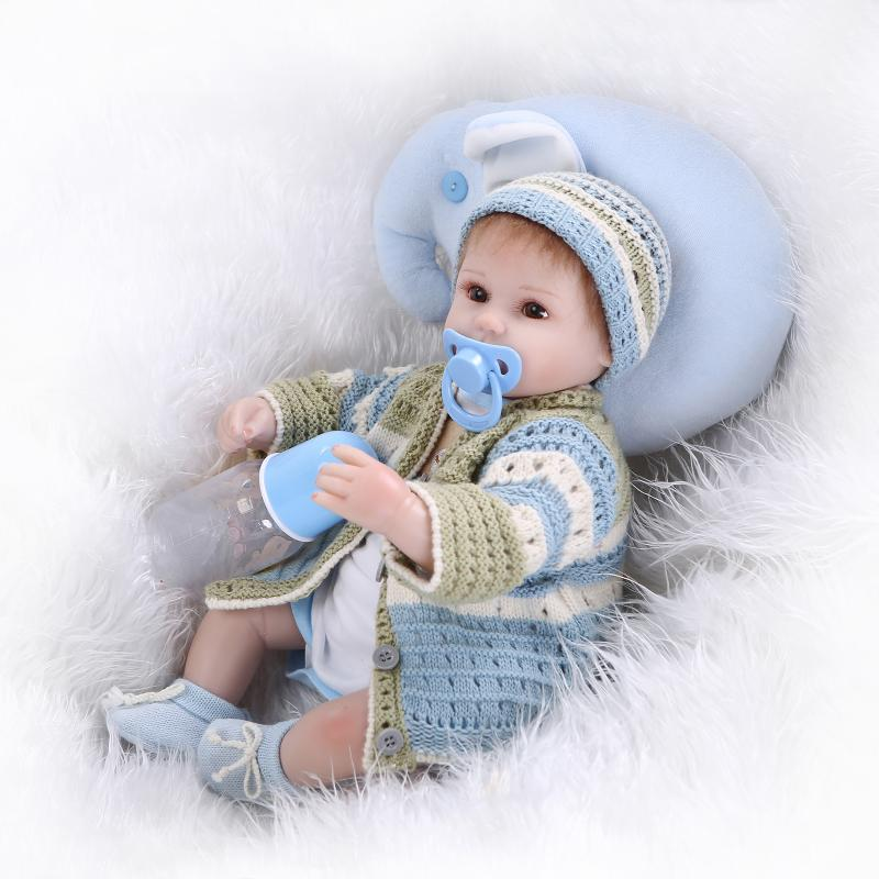 ФОТО 42CM Bebe Silicone Reborn Babies kids Playmate Realistic Doll Blue Sweater Gift For Girls Baby Alive Soft Toys Bouquets Juguetes