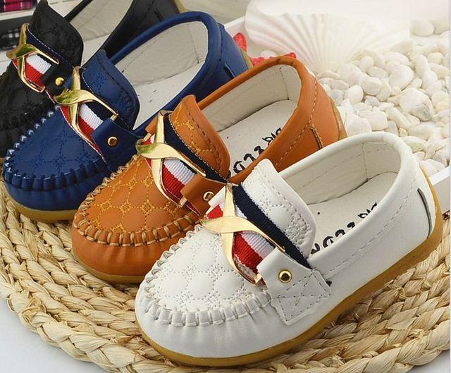 Bebés meninos calçados primavera / outono sapatos de bebê para meninas mocassins moda infantil de tênis sapatos 1-3 anos