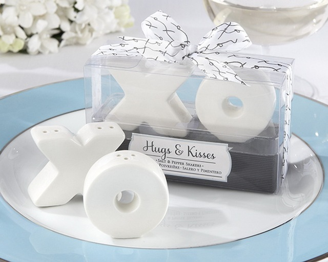 Xo Ceramic Salt Pepper Shakers Wedding Party Favor Guest Gift