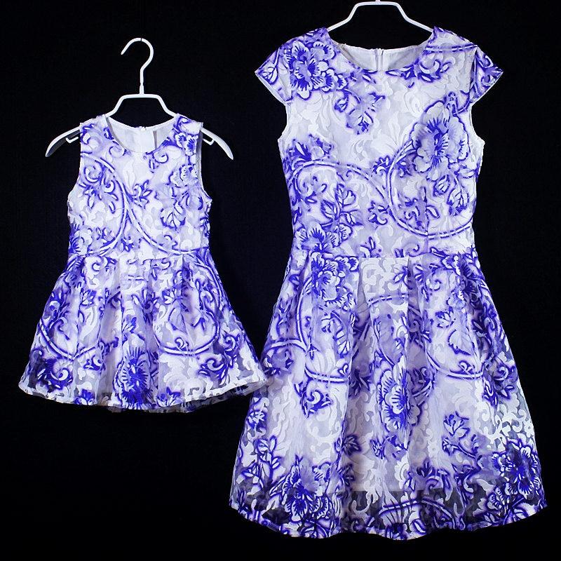 Look de famille été bébé organza robe formelle filles jupes maman et fille robe enfants robes de fête mère fille robe assortie