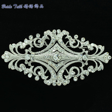 Europe Royal Style Clear Flowers Brooch Pin Rhinestone Crystal Women Party Wedding Bridal Accessories Free Shipping