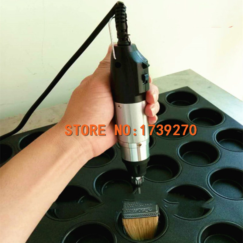 2018 electric oil brush for all kind of cake mold with 2 brushes feeding value of sesame oil cake for broilers