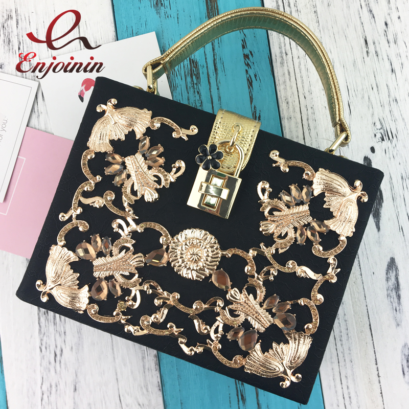 Luxury high quality diamond carved hollow lock retro fashion design mini flap wo