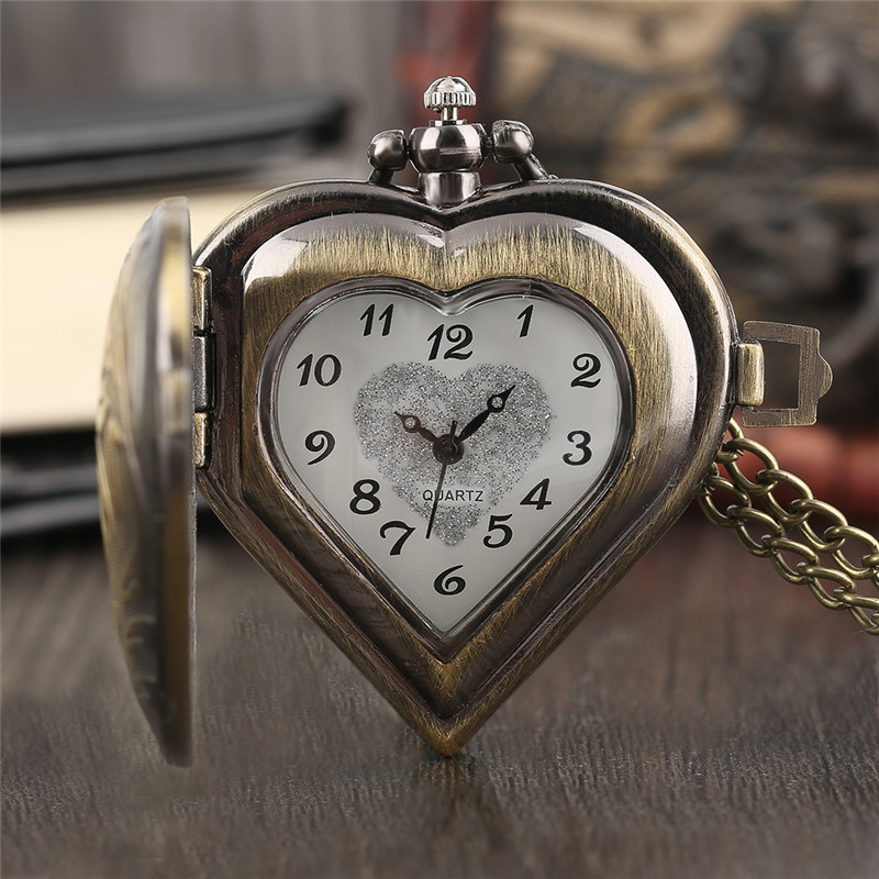 Vintage Bronze Quartz  Pocket Watch  Half Hunter Heart Chain Women Stylish Retro Necklace Copper Causal Gift antique retro bronze car truck pattern quartz pocket watch necklace pendant gift with chain for men and women gift