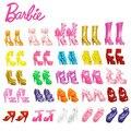 Original barbie mix 40 unids/20 pares de sandalias de casa de muñecas de juguete muñeca de la decoración niñas muñecas accesorios de casa de juego regalo de las muchachas del partido
