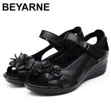 BEYARNE gladyatör sandalet kadınlar zarif hakiki inek deri kama orta topuk 4cm boncuklu çiçek bayanlar ayakkabı ve sandalet ShoesE001