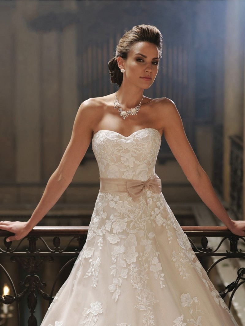 Online get cheap dress davids bridal aliexpress alibaba group hot sale david hillary a line wedding dresses sweetheart sleeveless chapel train with sashes bridal dresses ombrellifo Images