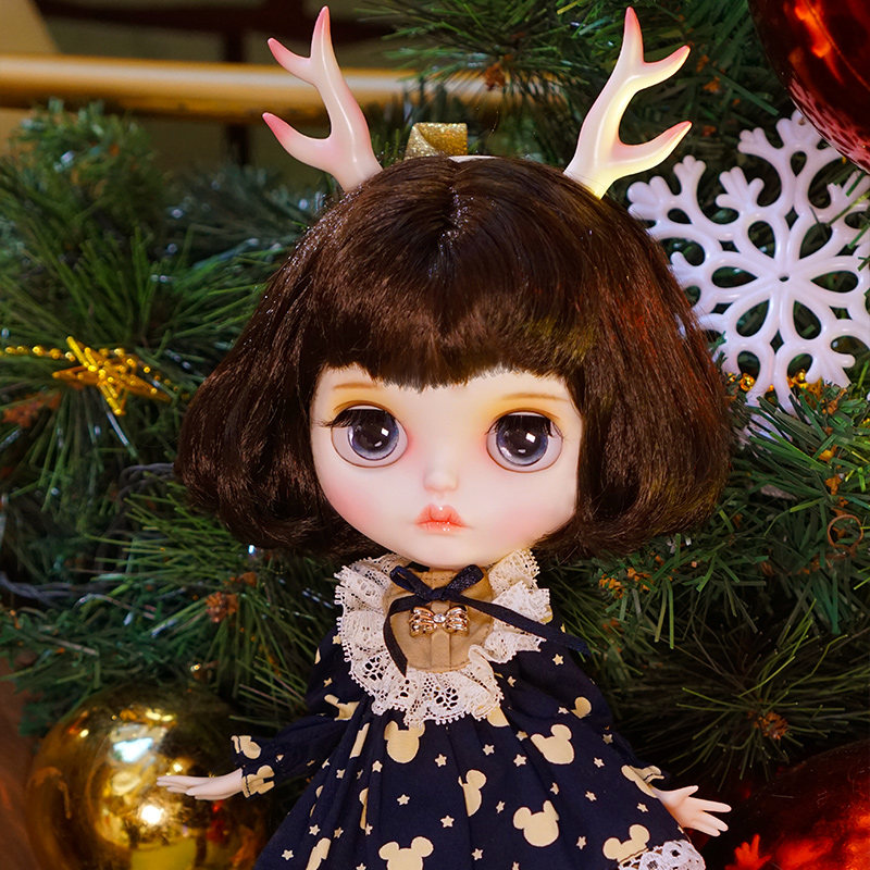 Blyth 1/6 30cm BJD Doll Joint Body MATTE Face With Big Eyes Black Color Hair White Skin 30cm Girl Toy Gift DIY Dressing ModelBlyth 1/6 30cm BJD Doll Joint Body MATTE Face With Big Eyes Black Color Hair White Skin 30cm Girl Toy Gift DIY Dressing Model