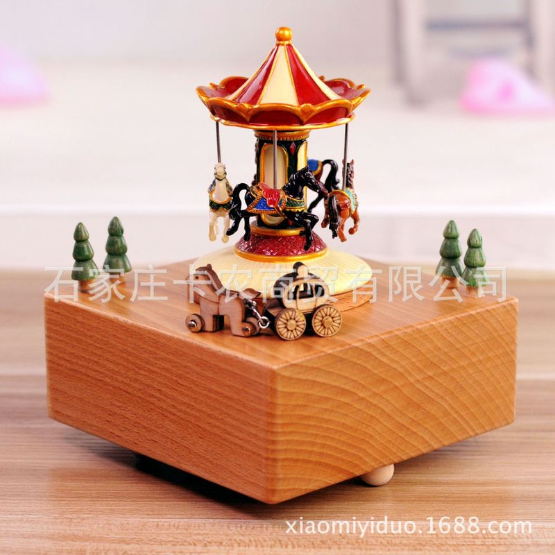 Livraison gratuite boîte à musique en bois carrousel boîte à huit tons cadeaux d'artisanat pour les cadeaux d'anniversaire de la saint-valentin des enfants