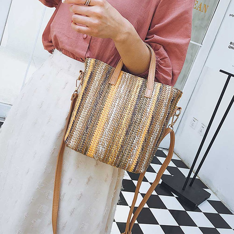 2018 New Fashion Straw Handbag Women Summer Rattan Bag Handmade Woven Beach Crossbody Bags For Women Bag Panelled Totes