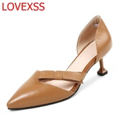 LOVEXSS 2018 New Fashion Pointed Shoes Leather Elegant Shallow Bow Cat Heel Shoes Office Professional High
